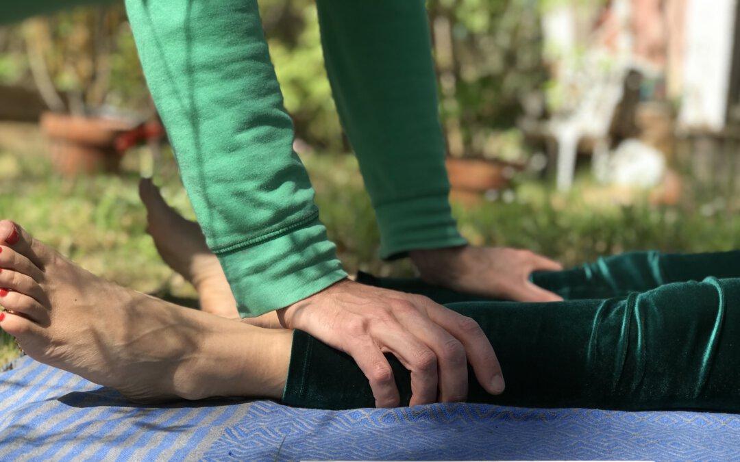 Achtsame Berührung in der Thai Yoga Massage